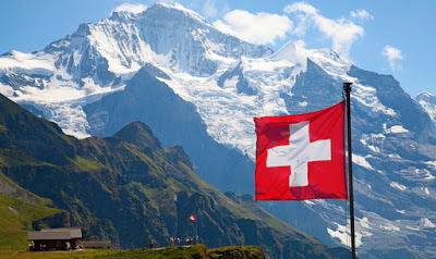 Trasferirsi e vivere in Pensione (o lavoro) in Svizzera: vantaggi e svantaggi consigli e documenti