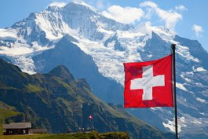 Trasferirsi a vivere in Pensione o lavoro in Svizzera: vantaggi e svantaggi